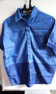Kemeja Biru