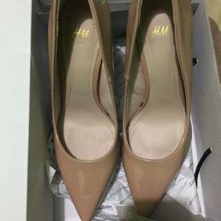 H&M Shoes New - 9cm - Khaki colour (NEW)
