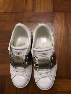 真品 valentino 波鞋 36 碼