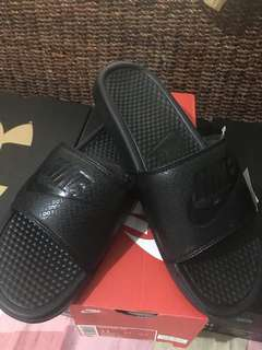 Nike Benassi