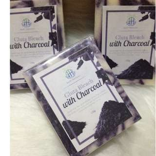 Gluta Bleach with Charcoal Soap