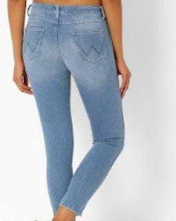 Wrangler skinny blue jeans
