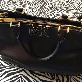 Authentic Michael Kors Hand Bag
