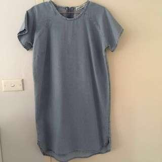 Chambray shift dress 10