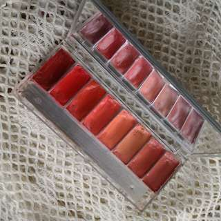 Wardah Chocoaholic Lip palette