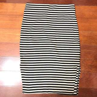 (AU 6) French connection stripe skirt