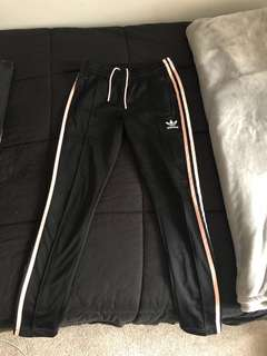 Adidas track pants - pink stripes 💗