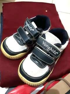 Sepatu Anak Yongkidz