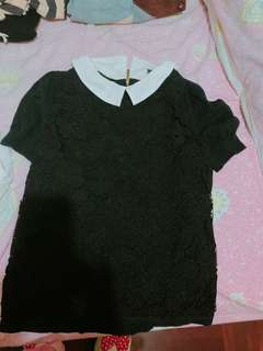 $100/2 Bread n butter black lace top