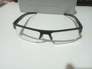 Kacamata anti radiasi GUNNAR utk gaming dan design grafis