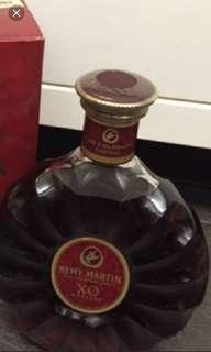 陳年老酒,1公升人頭馬細禾花xo連盒。