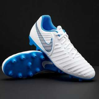 Sepatu Bola Nike Tiempo Legend Club FG Original