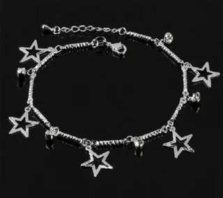 Anklet//bracelet