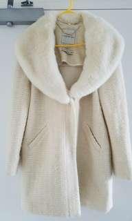 Forever New Cream Coat w fur collar