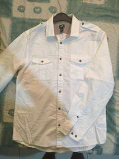 White Casual Buttoned Shirt.