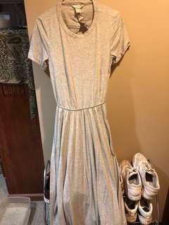 Backless grey maxi dress