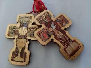 耶穌十字架木牌2個