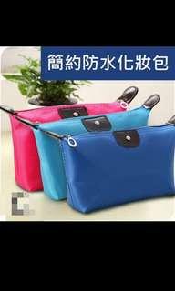 🚚 🐦隨機出貨👏  防水手機包 化妝包 錢包。。 超讚的 每個顏色都超美