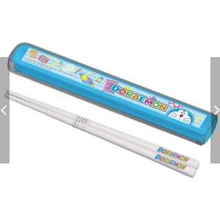 🚚 [河馬大大] 現貨日本製 OSK 卡通環保筷附攜帶盒 哆啦A夢 餐具