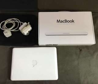Complete Package Macbook White A1342