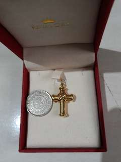 PRICE DROP! 18k ITALIAN YELLOW GOLD CROSS PENDANT