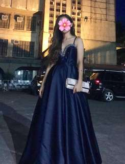 Classy & Elegant Gown For Rent