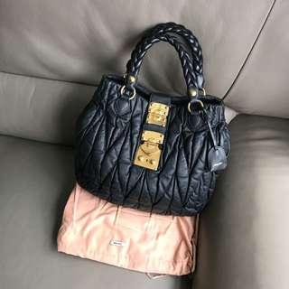 🈹️Miu Miu Handbag **On sale**
