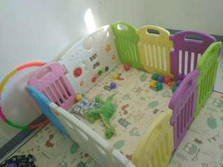 Parklon Baby Fence / Pagar Bayi