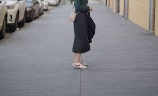 Sheike Ruffles Midi Black Skirt