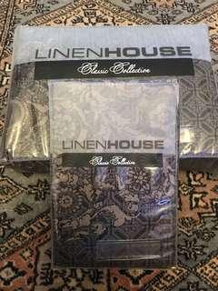 Linen house queen bed cover set.
