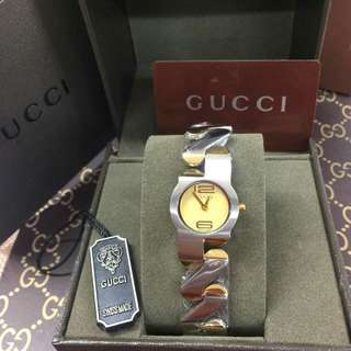 ⌚Gucci Watch