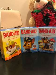 🚚 Paw patrol 狗 Disney band aid 20片/盒
