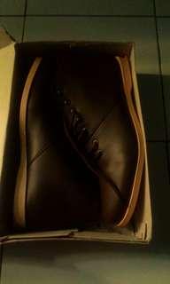 Sepatu boots Don Dhicero