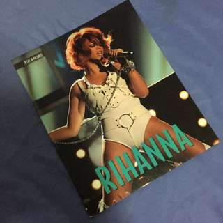 Rihanna: A life In Pictures Book