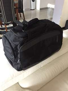 Authentic Samsonite Duffle on Wheels Luggage