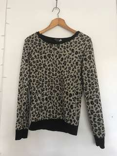 Leopard // Sweater