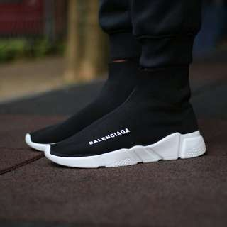 Sepatu Balanciaga