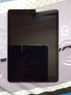 iPad 2017 Wi-Fi only Space Gray