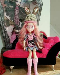 Monsterhigh Collectibles doll