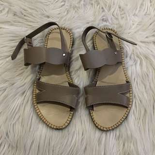 Flat sandals Taupe