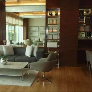 Red Oak at Two Serendra, Studio-type Condo for Rent