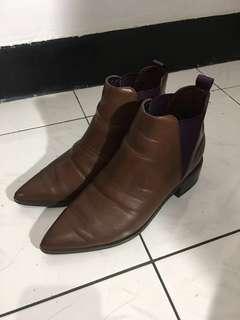 🚚 咖啡色靴子6成新