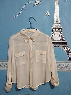 Kemeja putih/ shirt
