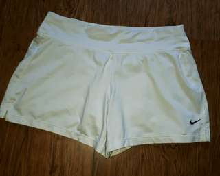 Authen Nike short for women w/cycling