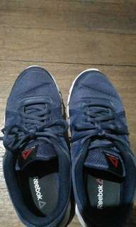 Reebok running shoes size 8 us