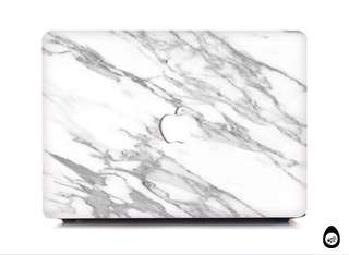 🚚 White Marble with logo cutout Matte finish case for MacBooks