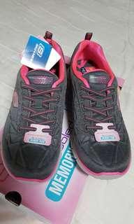 🚚 ❤️全新 限量特價《Skechers 運動鞋 女生23cm uk3》
