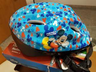 BN 2-in-1 Disney Mickey Helmet & Safety Protection Set