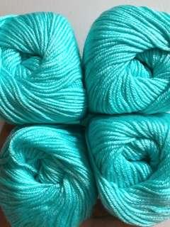 Mint green baby silk cashmere yarns