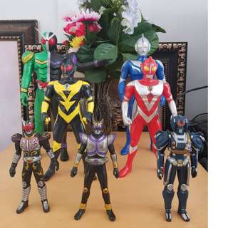 assorted ultraman and japanese character set 7pcs
